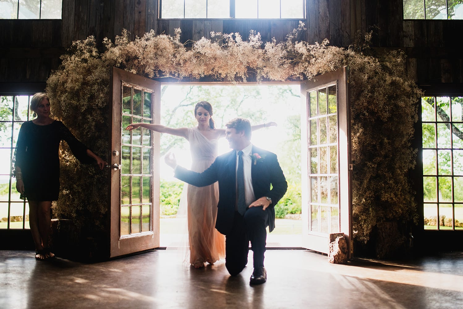 hip-austin-barn-wedding0060