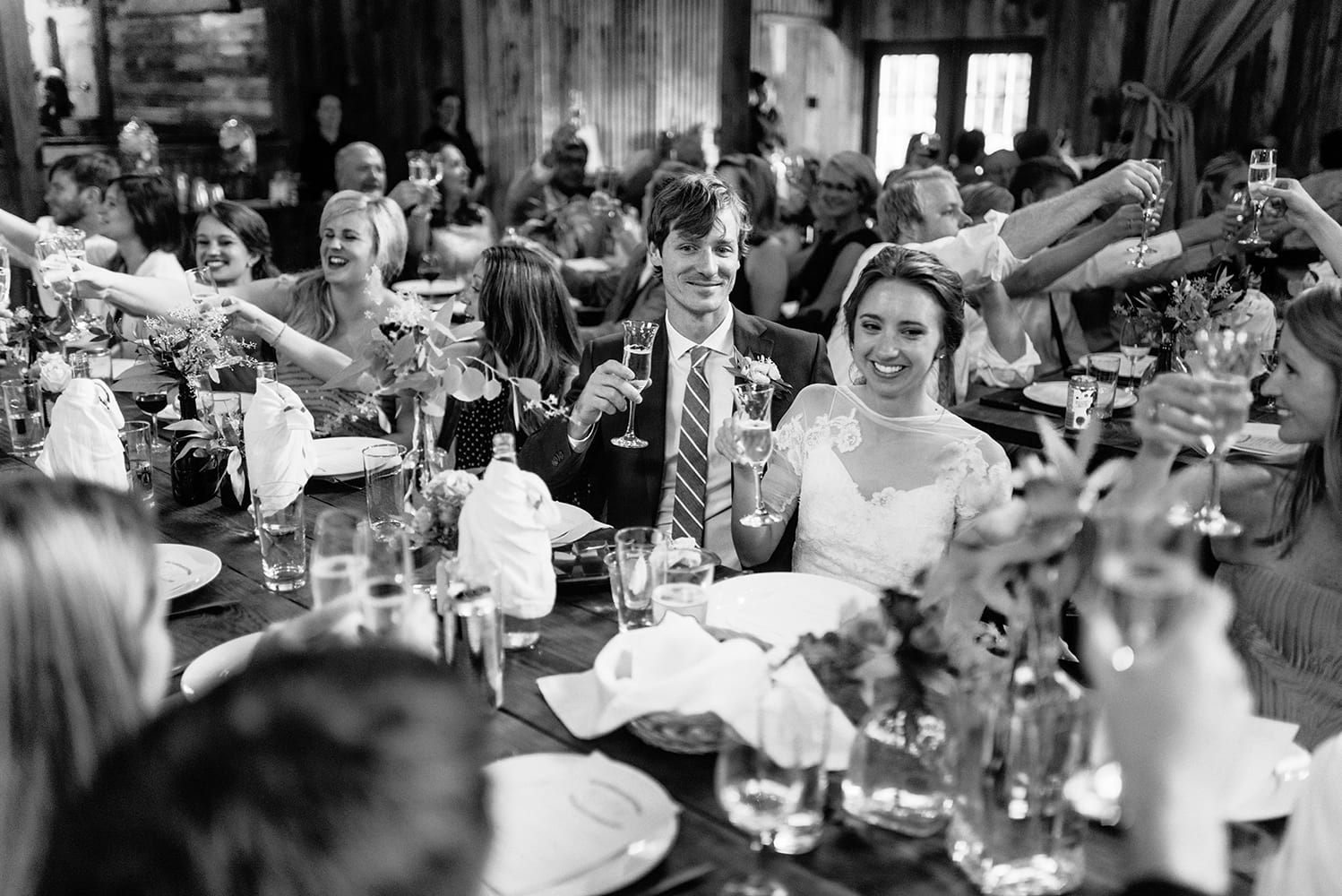 hip-austin-barn-wedding0067