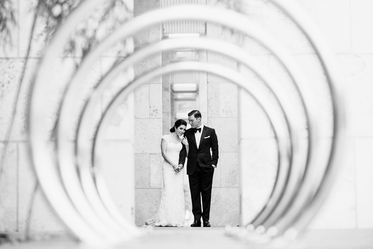 stylish-modern-art-museum-wedding0007