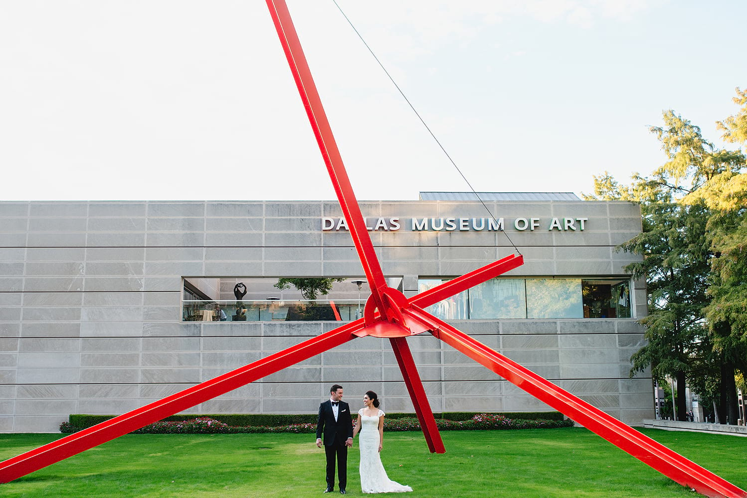 stylish-modern-art-museum-wedding0023