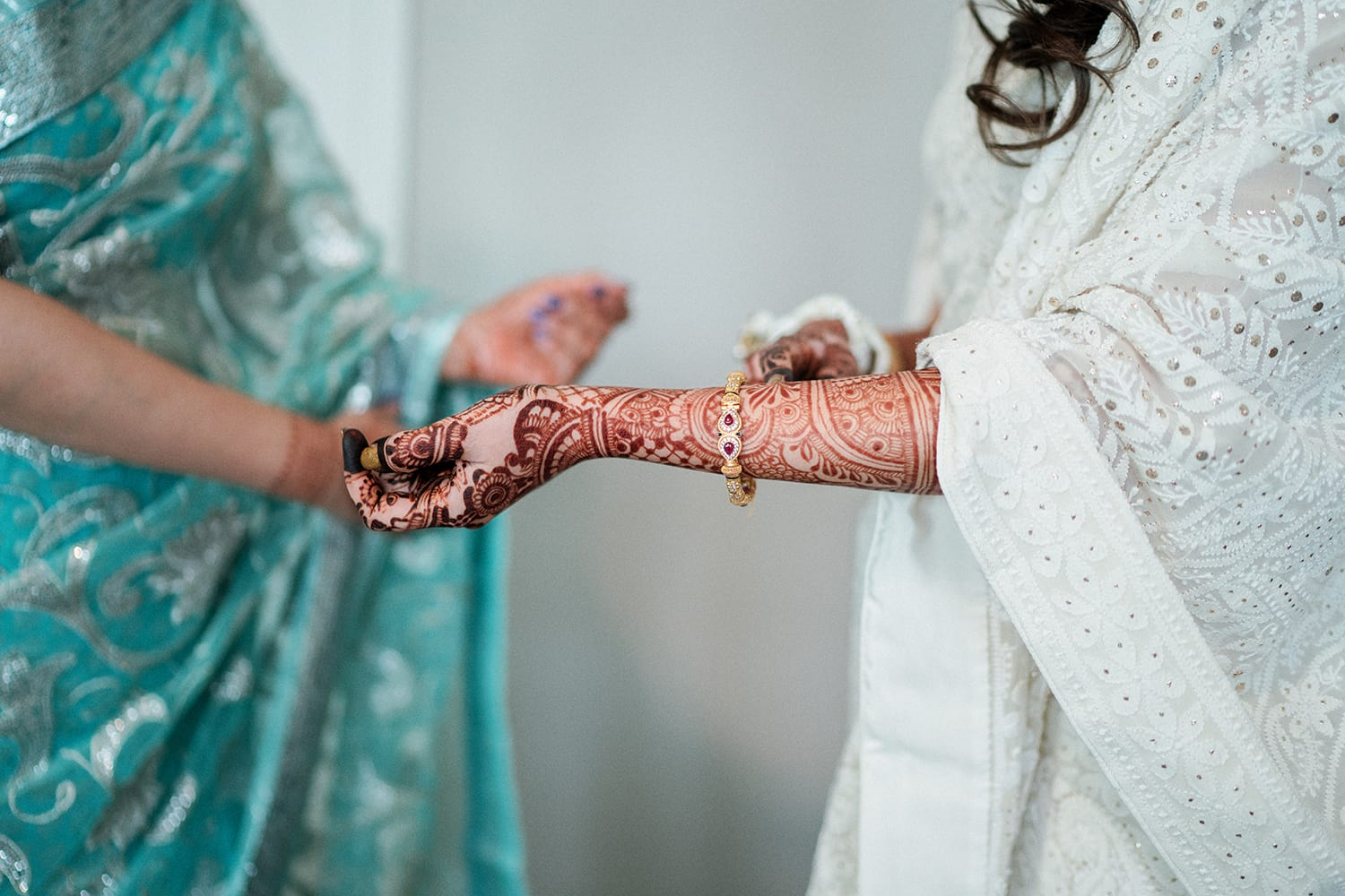 Modern-Sophisticated-Indian-Wedding-Mckinney-Cotton-Mill010